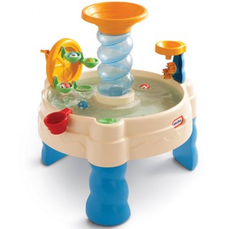 Game table with water spyralin seas table