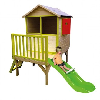 eurekakids-wooden-house-with-stairs-and-slide